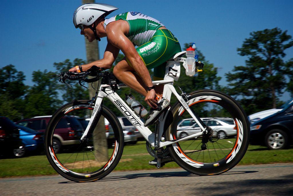 Ciclista de triatlon