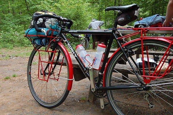 cicloturismo con alforjas