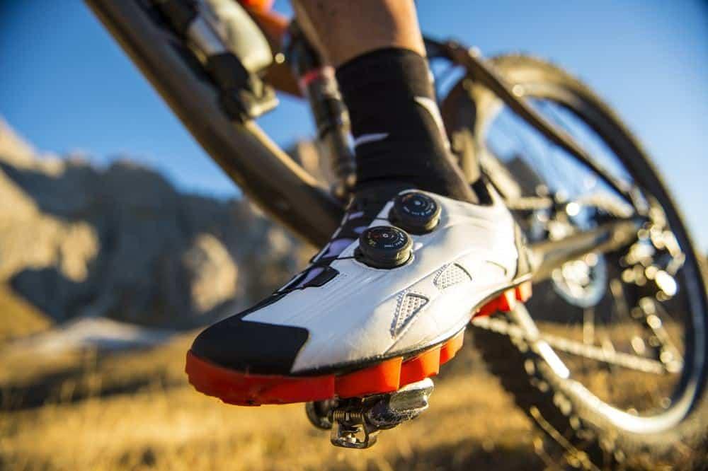 beneficios-zapatos-ciclista