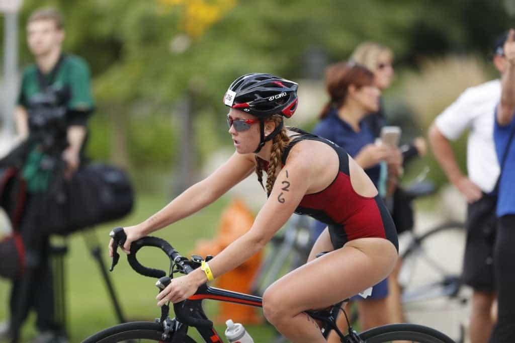 mujer-triatlon